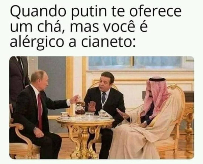 Putin, o Salvador do mundo - meme