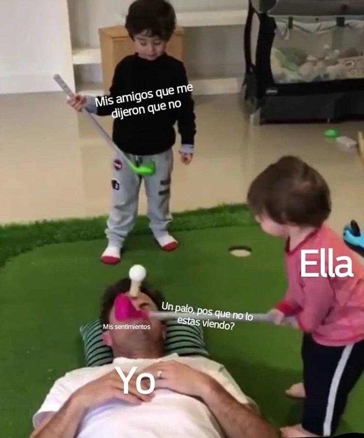 ella es cruel - meme