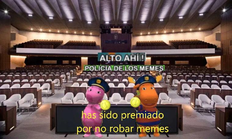 policia de los memes
