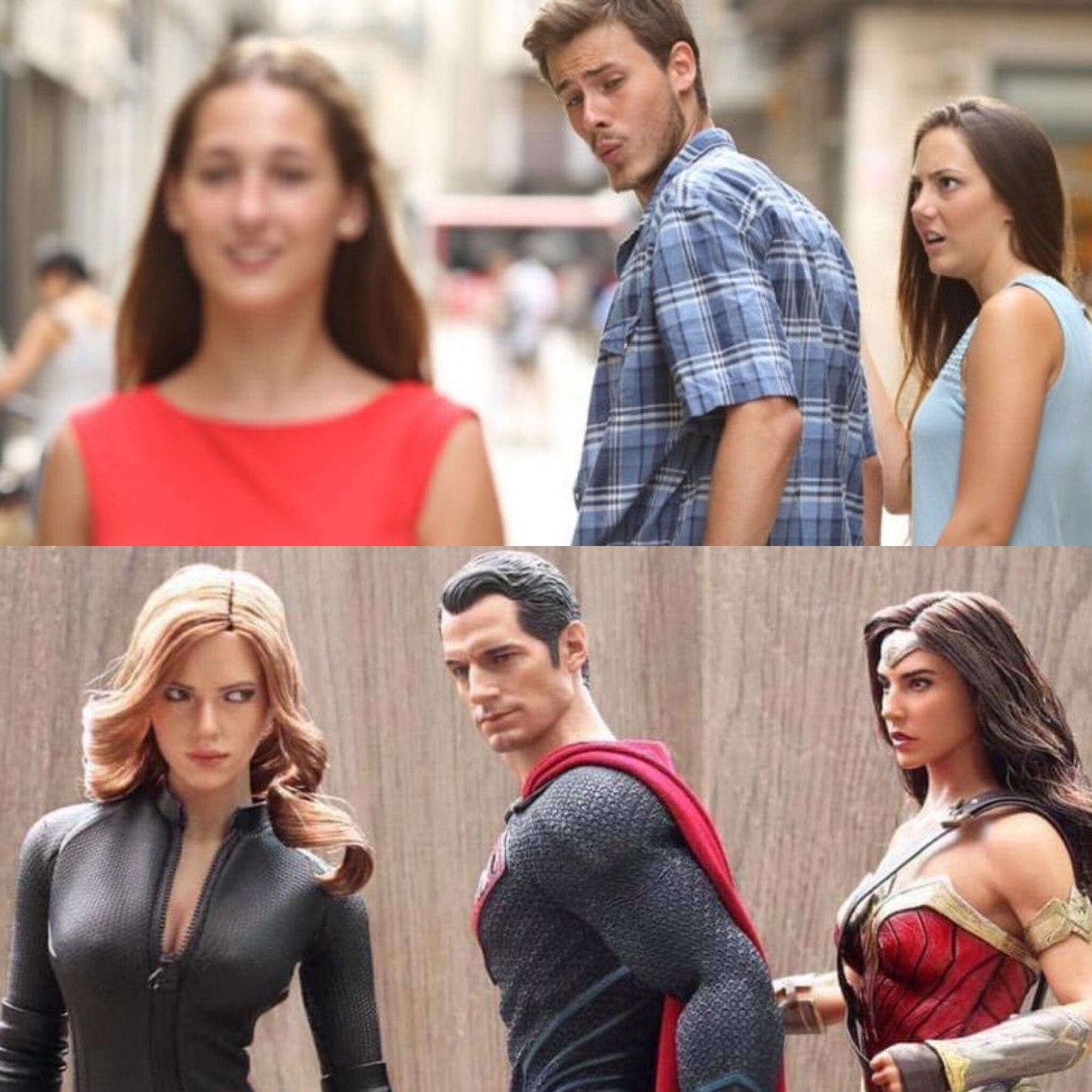 Marvel x DC - meme