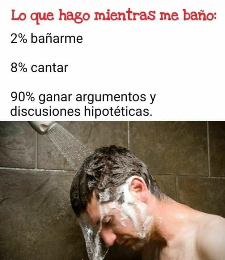 Lo que en verdad hacemos al ducharnos - meme