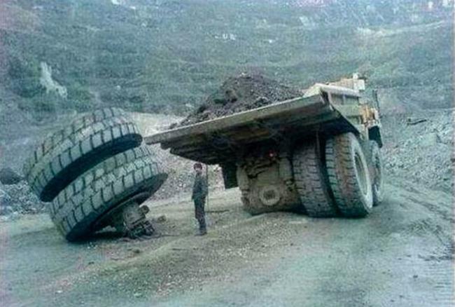 E você pensando que o pior era perder um pneu do seu 1.0 - meme