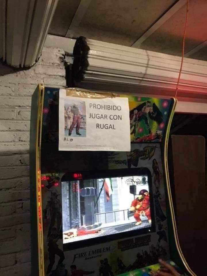 Prohibido jugar con rugal - meme