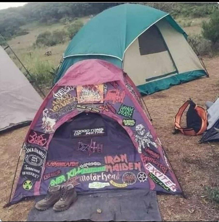 Battle Tent - meme