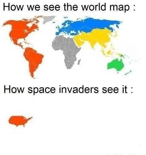 The aliens always attack America - meme