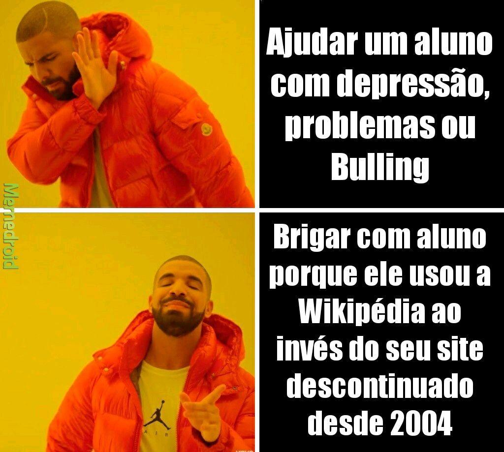 Eu fazia pelo Brasil escola e sempre tinha informação errada - meme