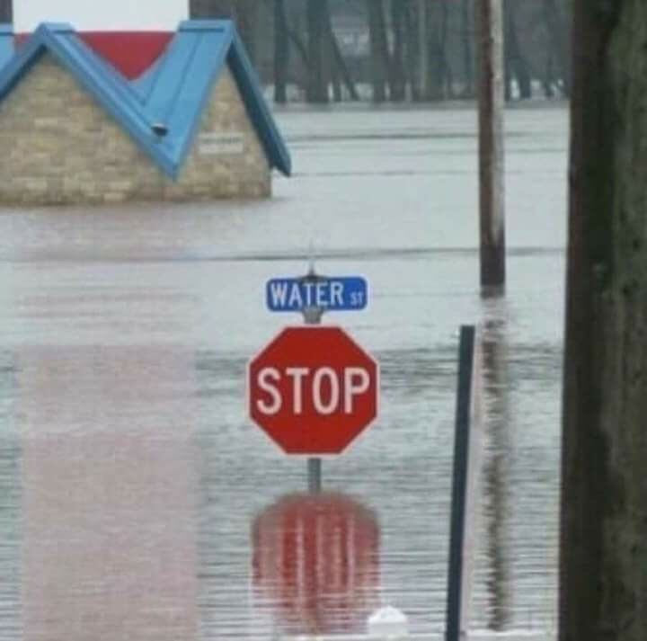 Texas right now - meme