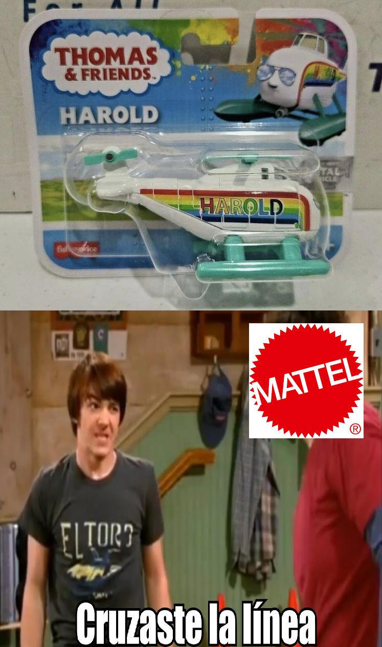 """Mattel ya la cagó al hacer esa huevada. Harold be like: """"Los gays también somos personas!"""" Y lo peor es que NO ES EL ÚNICO (Yo elegí este porque es el más obvio que es gay), pero, ya en serio, traten a Thomas mejor que esto, coño. - meme"""