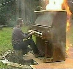 yo cuando intento tocar moonlight sonata - meme