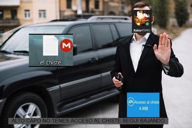 moderadores hablando con la gente - meme