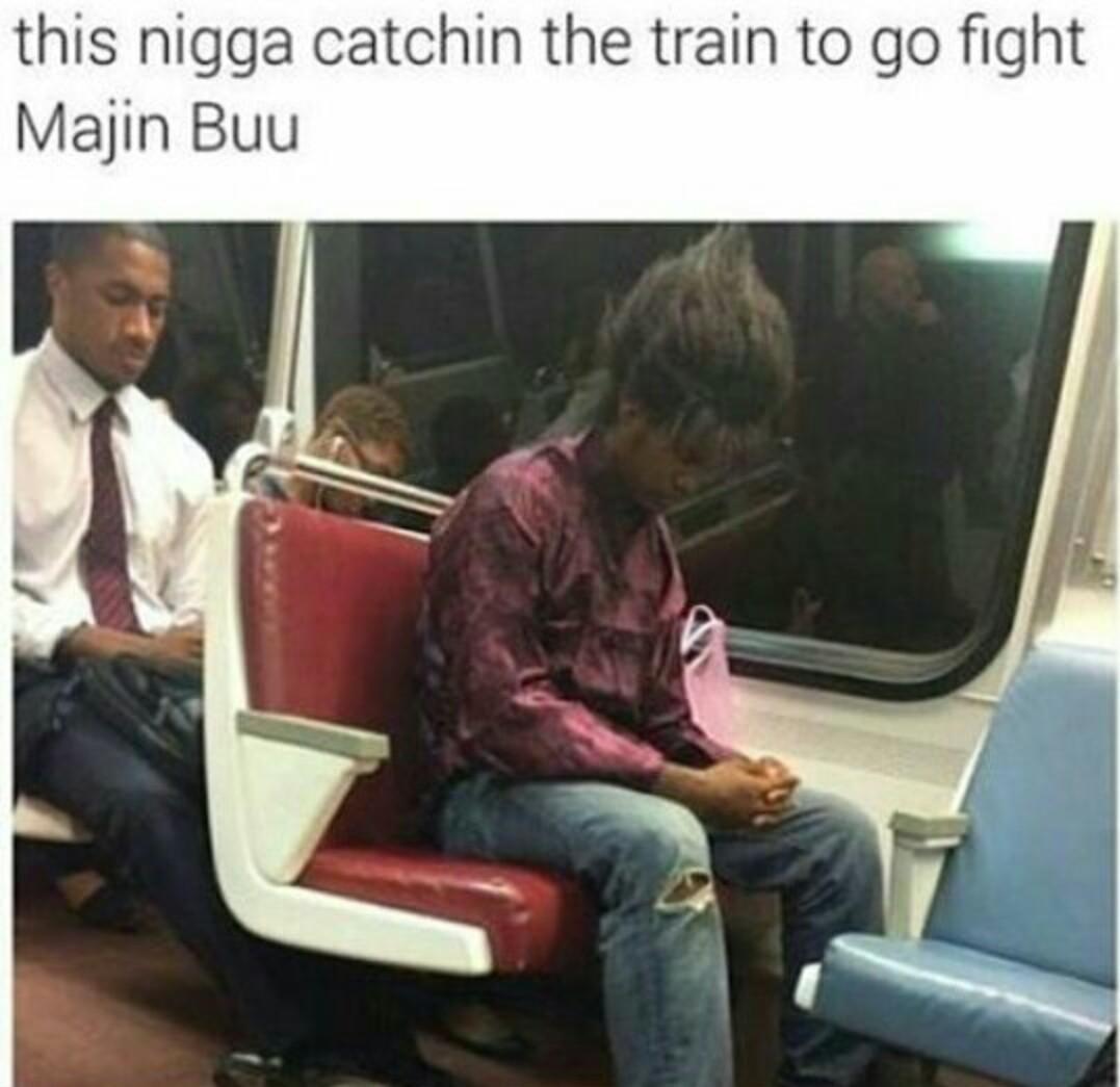 Ça gars prend le train pour aller combattre Majin buu - meme