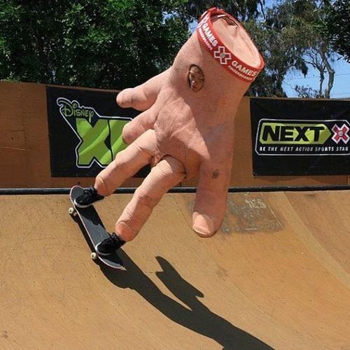 Para los que recuerden los finger skateboards - meme