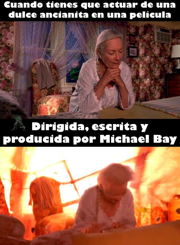 Michael explosiones locas - meme