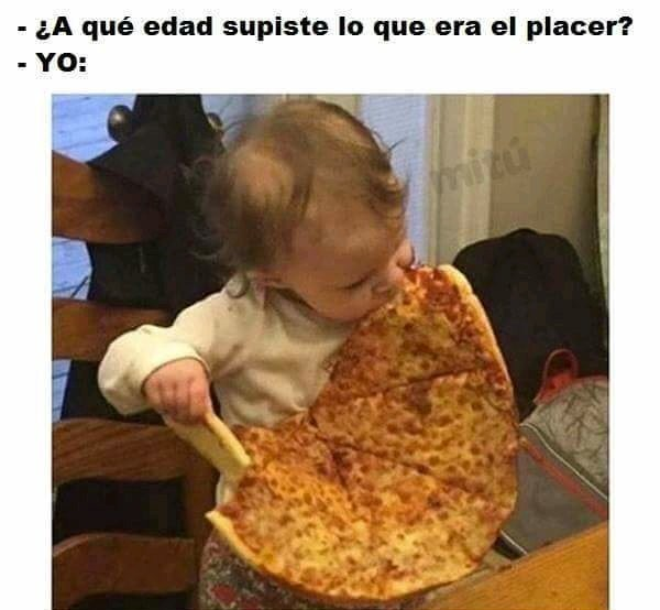 Pizza •_• - meme