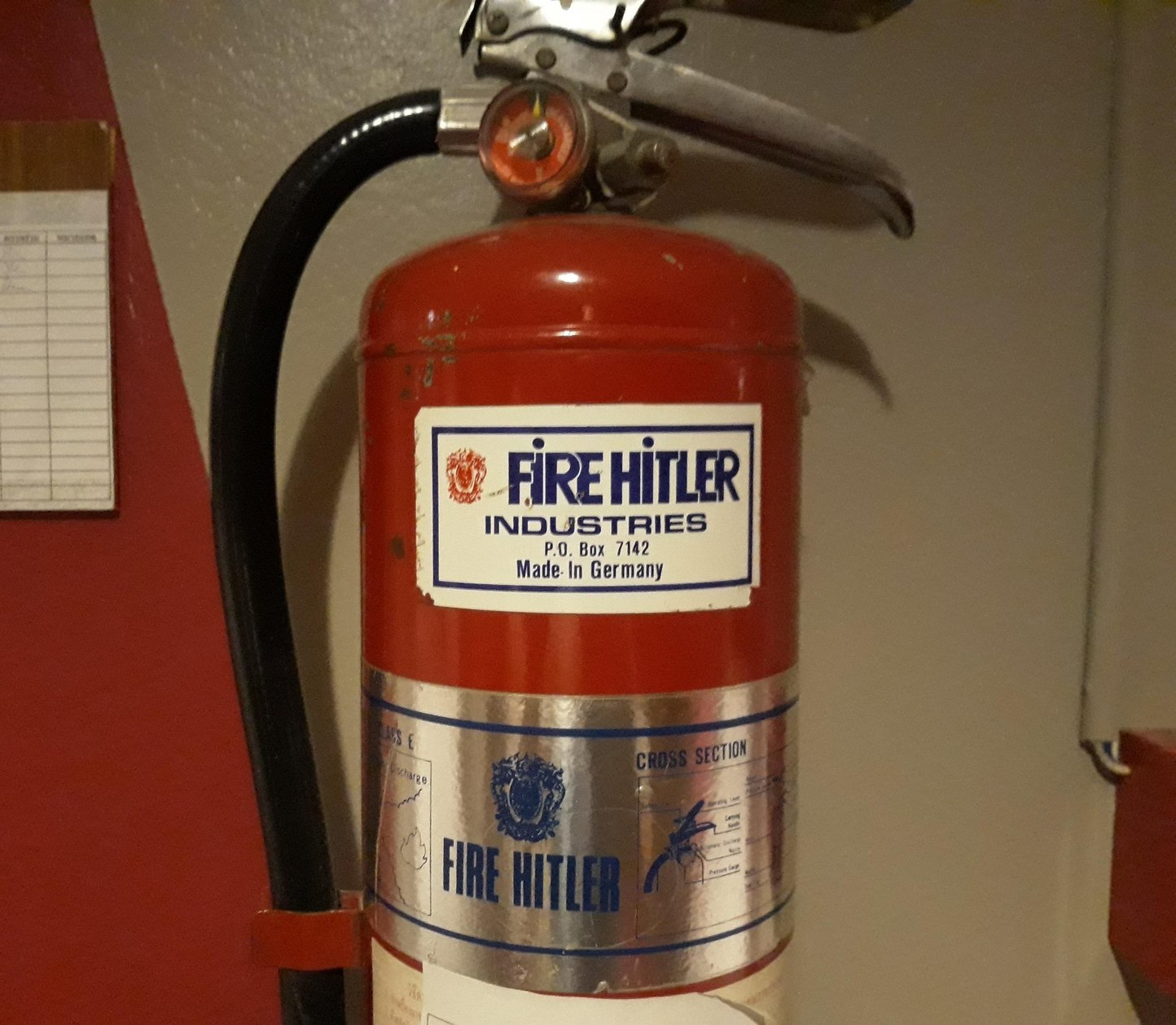 Esse extintor... - meme