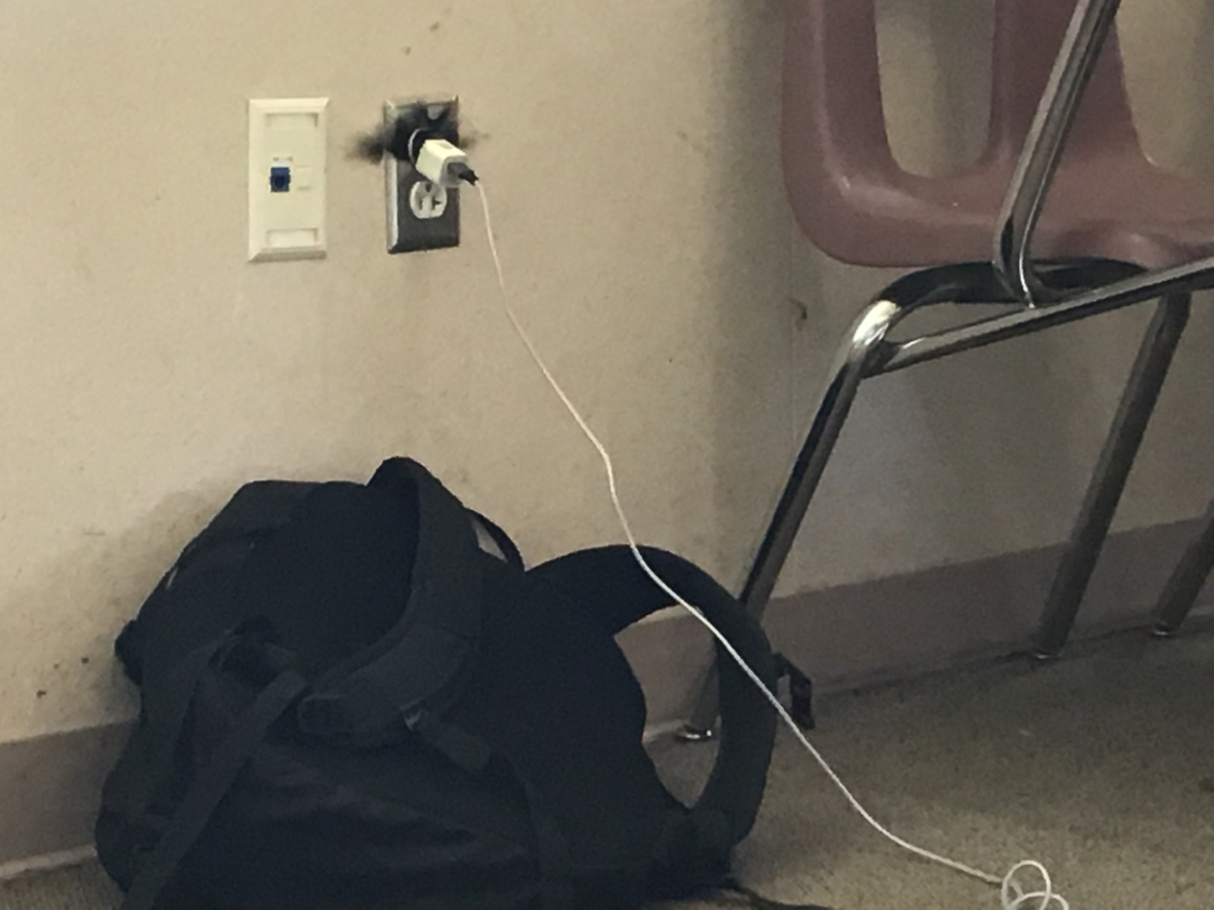 My friend put a penny with the charger and almost killed me - meme