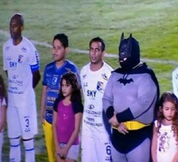 Batman tá diferente - meme