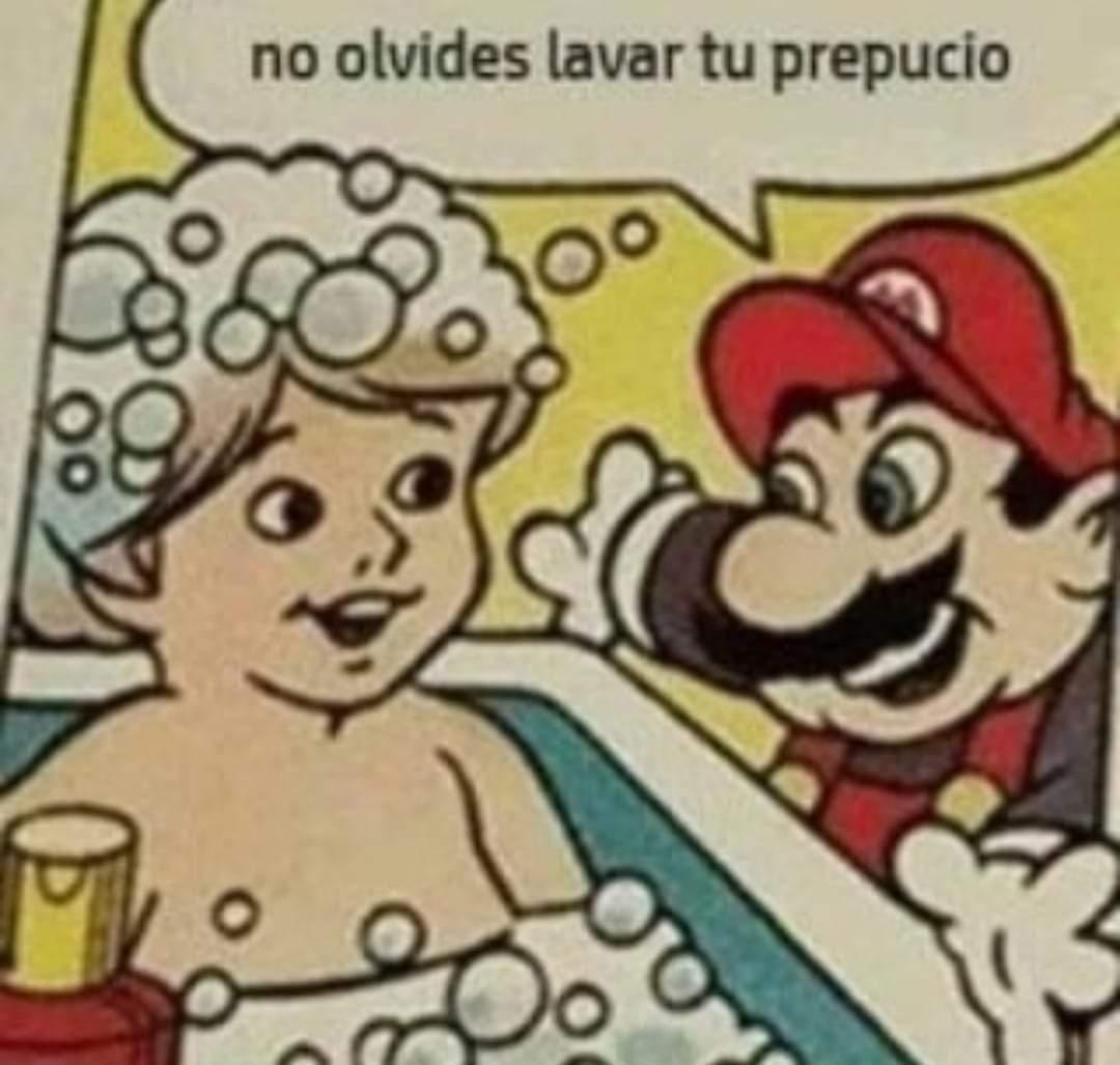 Muchas gracias Luigi rojo por salvar nuestras vidas PD : robado - meme