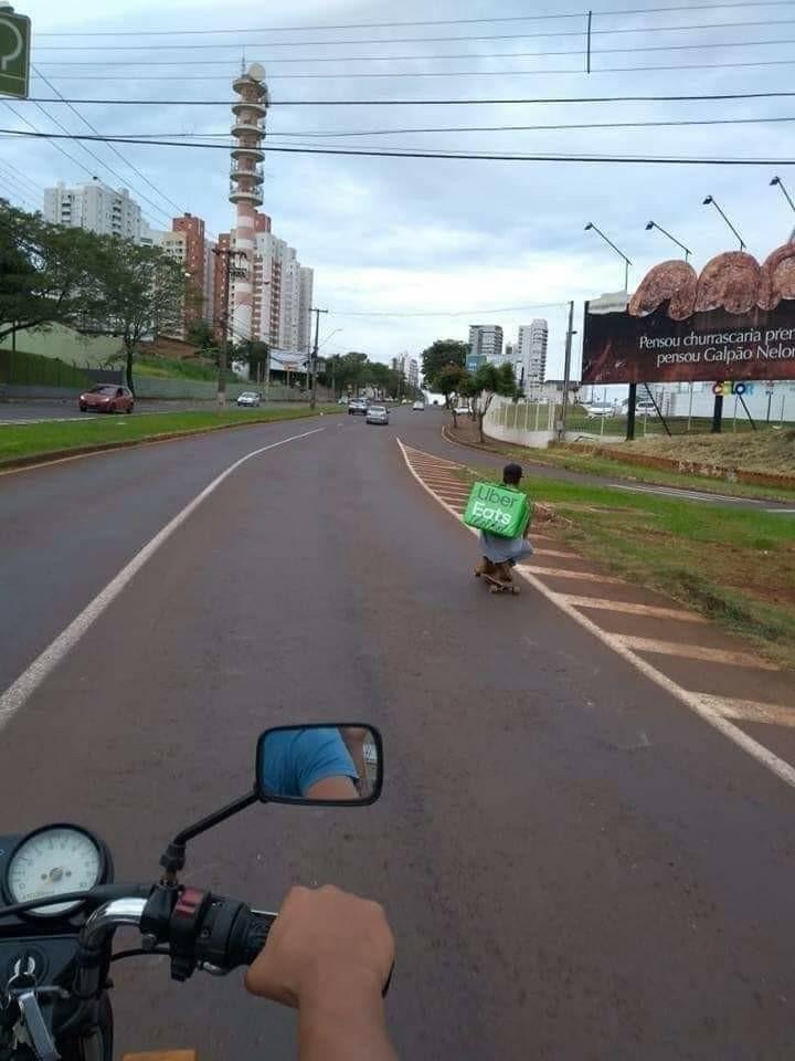 O Brasil tem os melhores modais de transporte - meme