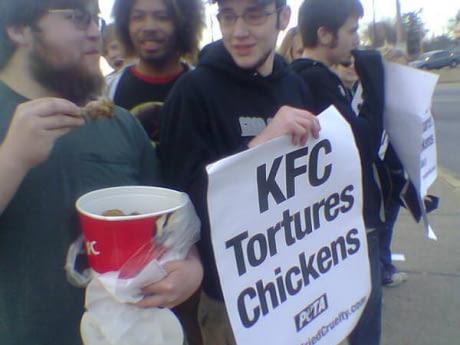 Peta VS KFC - meme