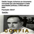 comunistas+helicópitero= mundo melhor