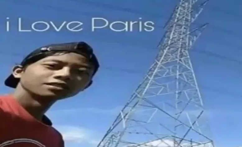 PARIS - meme