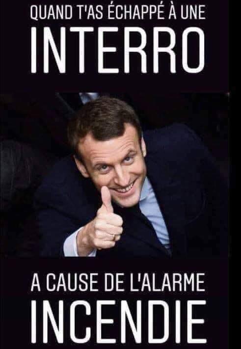 Sacré Macron - meme