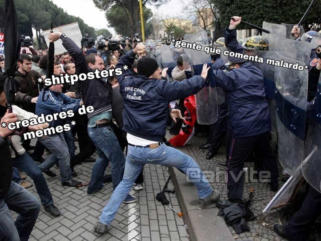 Esta es la vida de un shitposter - meme