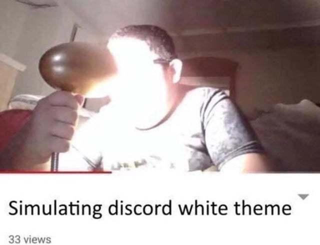 Simulating discord white theme - meme