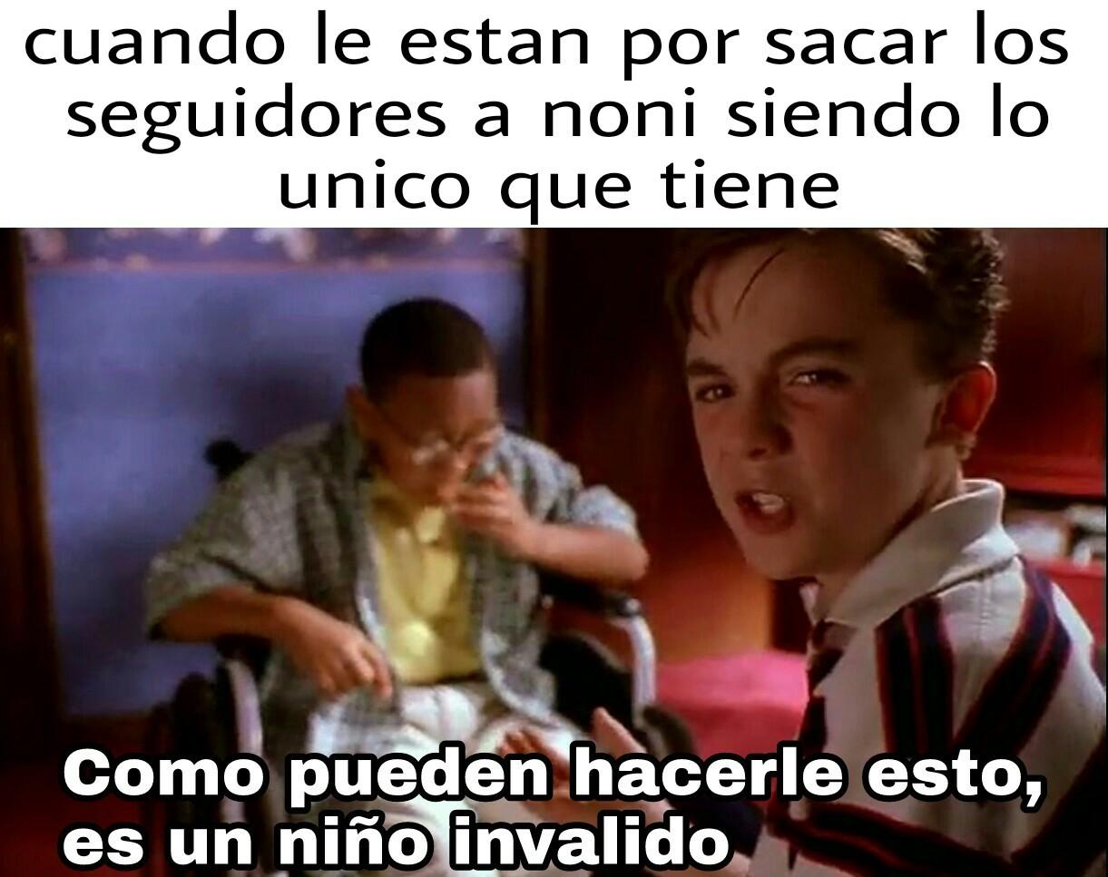 Pobre noni - meme