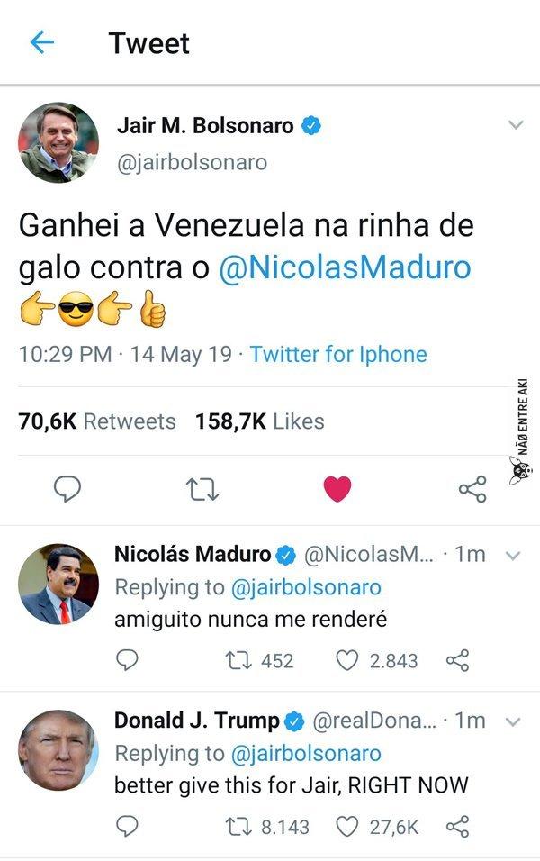 O negócio aqui no Brasil é galo de combate - meme