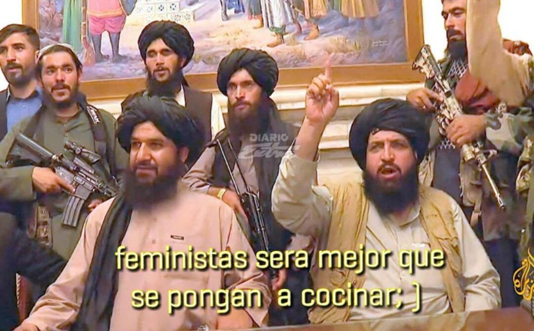 mujeres: nacieron sólo para cocinar y para servidumbre - meme
