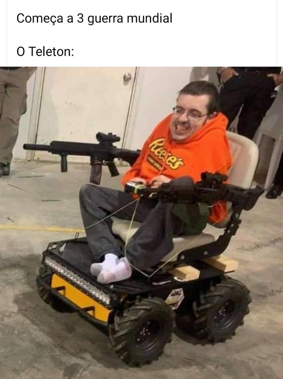 Cadeirante tunado - meme