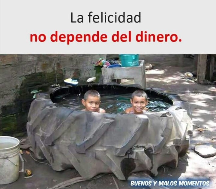 A pesar de ser pobre, hay que ser feliz :) - meme