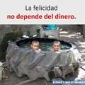 A pesar de ser pobre, hay que ser feliz :)