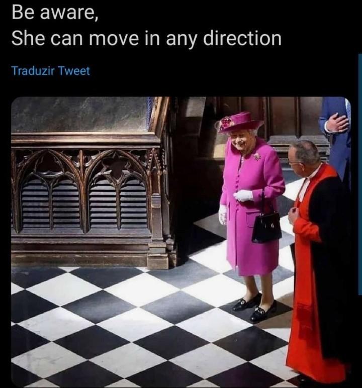 """""""Você pode se mover para qualquer direção"""" - meme"""