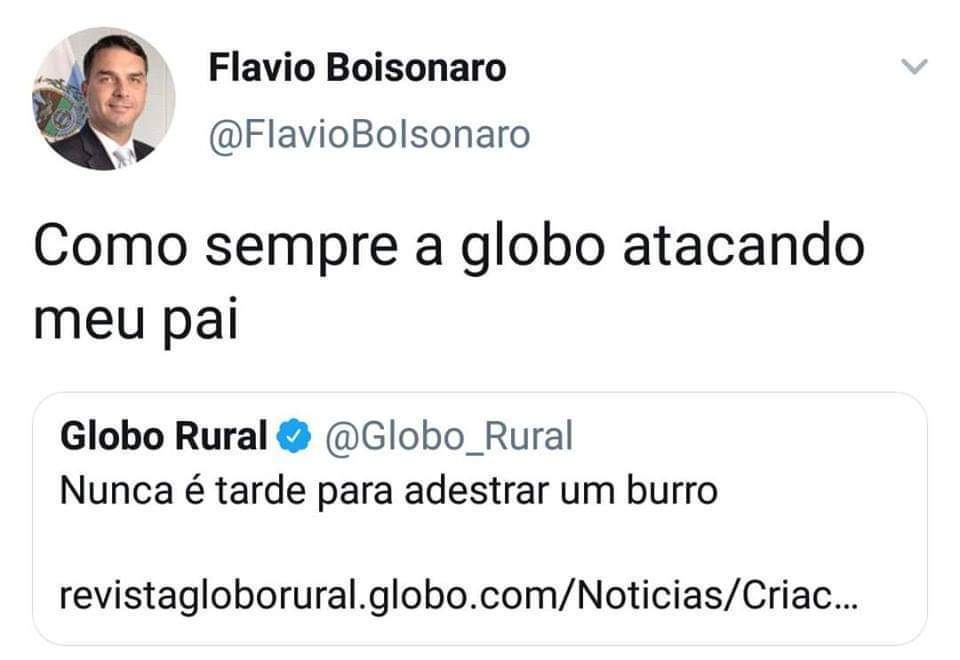 Globo golpista - meme