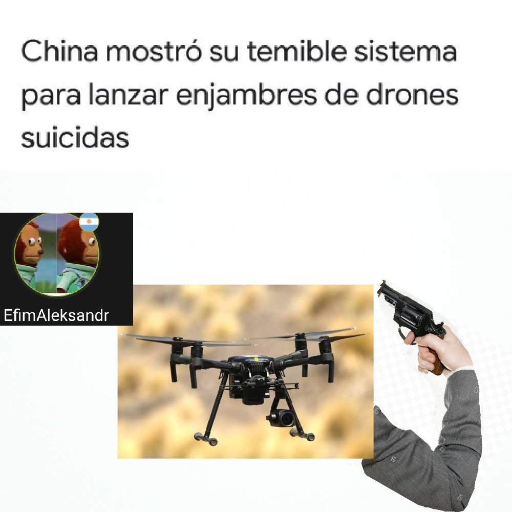 Los drones suicidas XD - meme