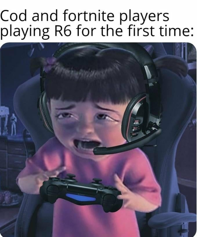 R6 mad scary - meme