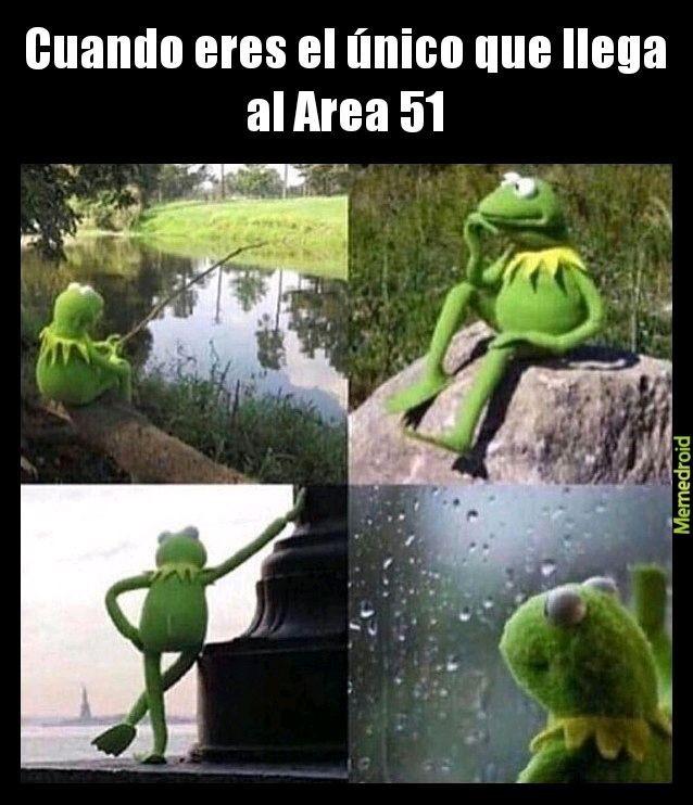 Raid Kermit - meme