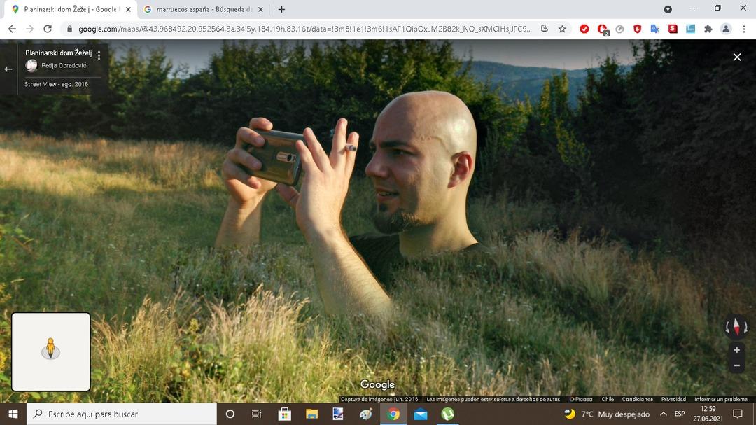 Estaba navegando por google maps y me encontre esto en serbia Xd - meme
