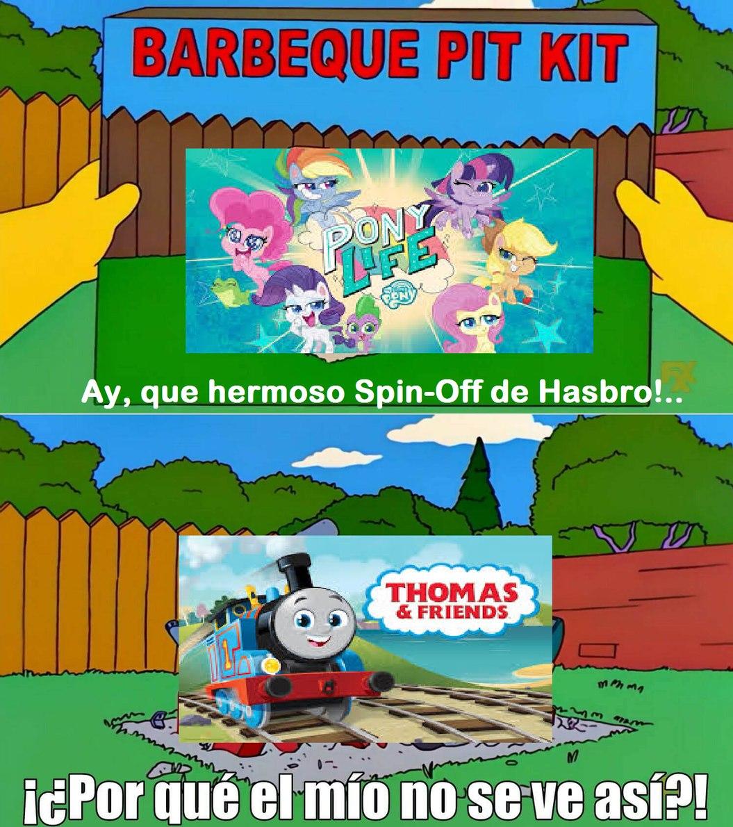 """Lo peor es que luego Mattel dice """"SoMoS LoS GuARdIAnEs DeL LeGAdO dE ThOmAs"""" Haciéndose quedar como payasos, Hasbro intenta complacer a sus fans, pero adaptarse a un nuevo público, y Mattel solo lo hace por dinero. - meme"""