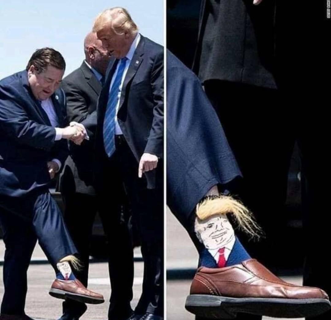 Hey Trump regarde ! - meme