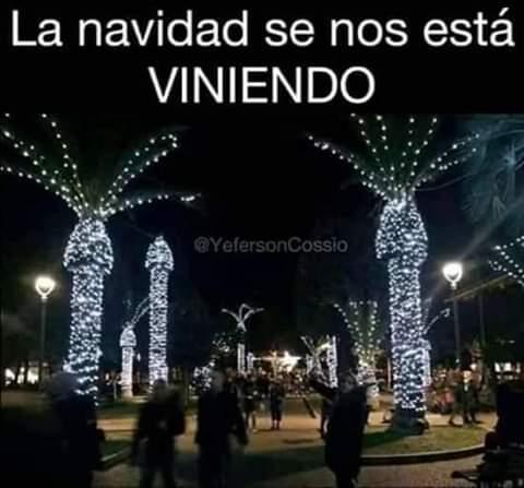 La navidad viene - meme