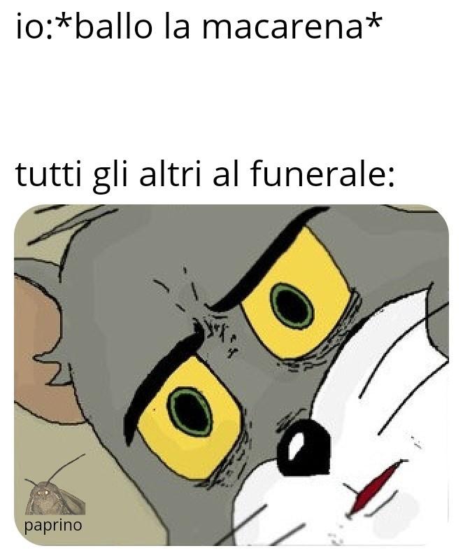 Eeeeeee macarena - meme