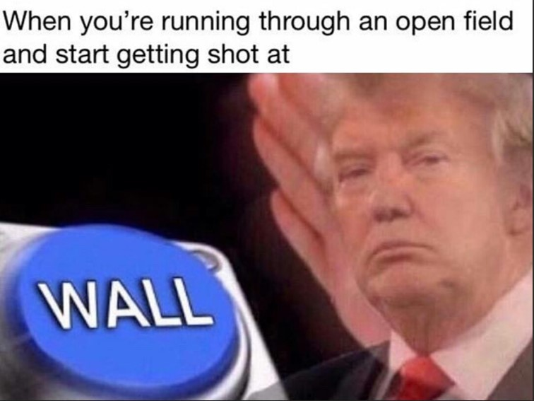 T R A M P Í - meme