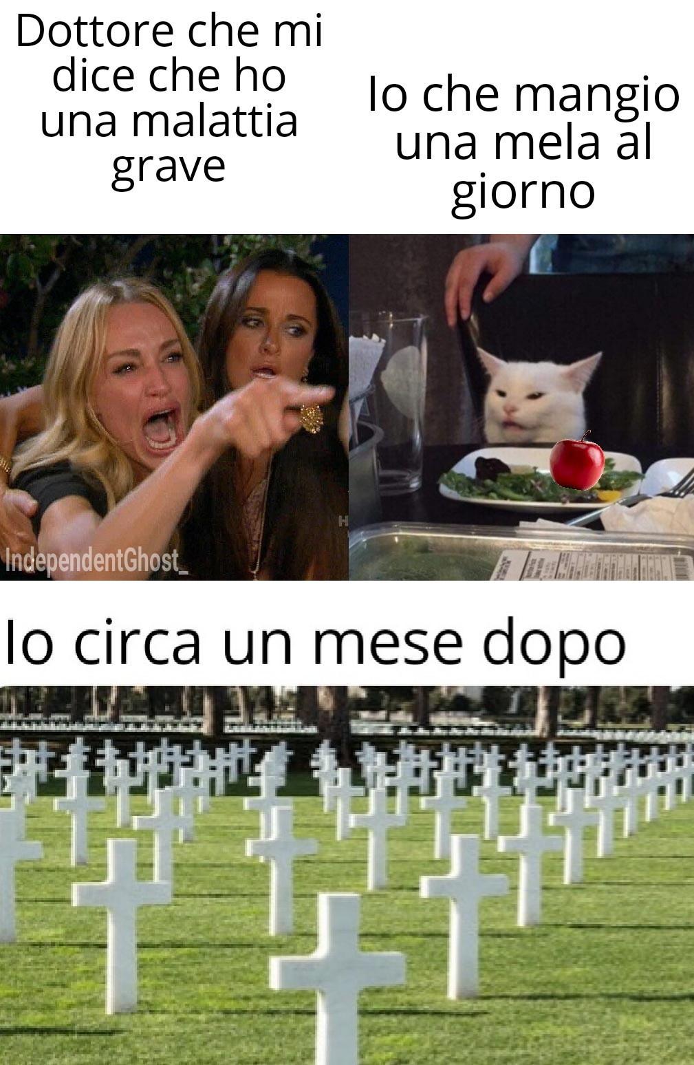Scorrete in basso - meme