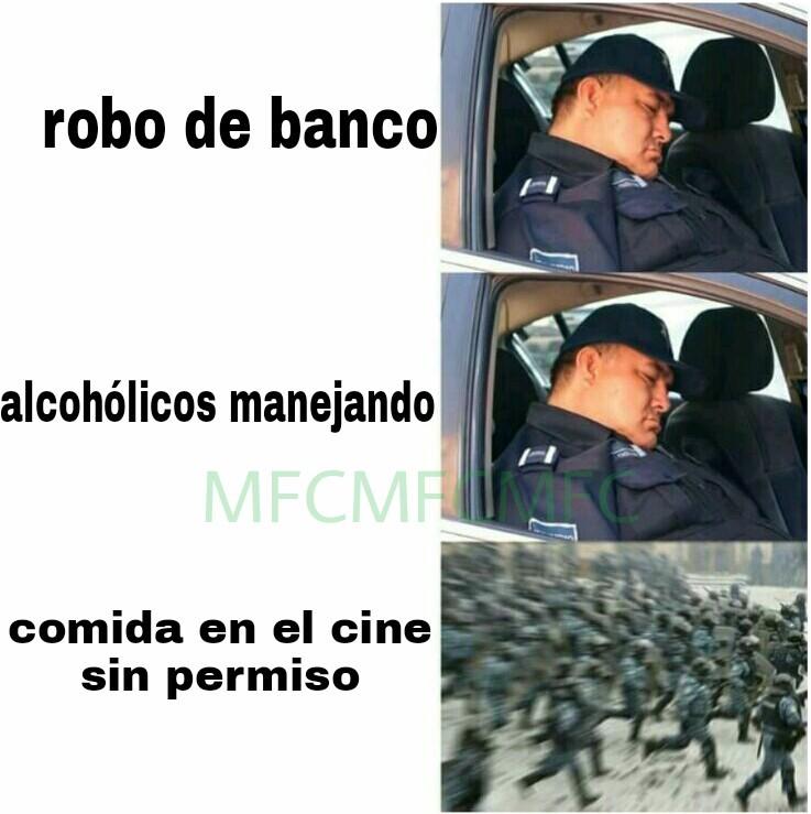 Policías en acción - meme