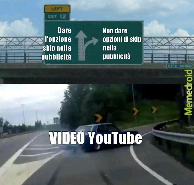 YouTube FA SCHIFO - meme