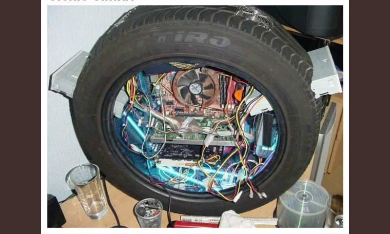 """Meu PC roda tudo"" - meme"